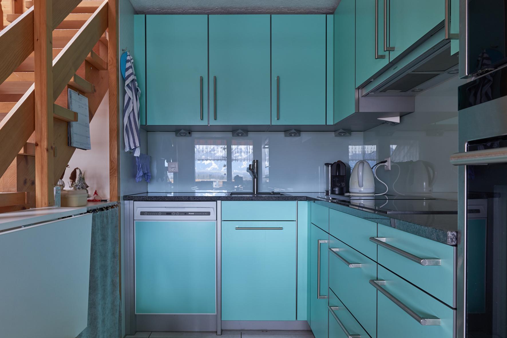 atemberaubend winsome halboffene kchen zeitgen ssisch die besten wohnideen. Black Bedroom Furniture Sets. Home Design Ideas